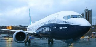 American Airlines warns to withdraw Boeing Max orders