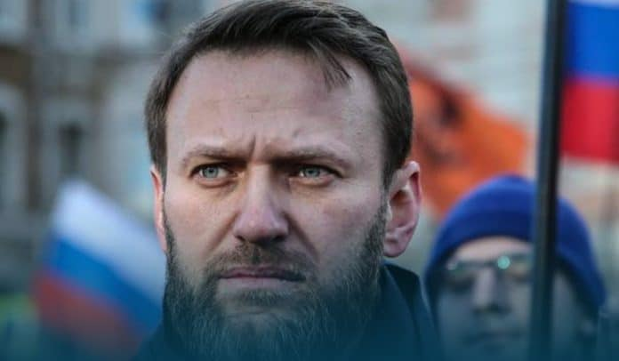 Russian Opposition Leader Alexei Navalny can die at any minute - doctors warns