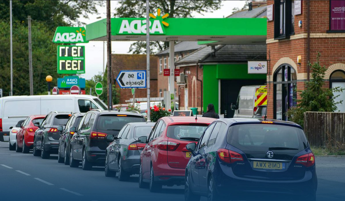British Gas Stations Run Out of Fuel Amid Panic Buying